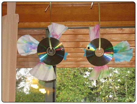 Поделки из дисков для дачи своими руками